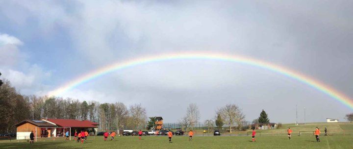 Highlight – Idyllischer Regenbogen